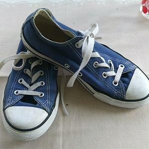 Blue converse sz3